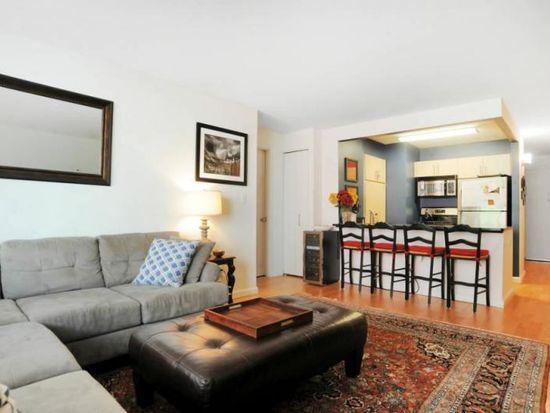 Living Room At 155 West 21st Street Chelsea - Manhattan Luxury Rentals