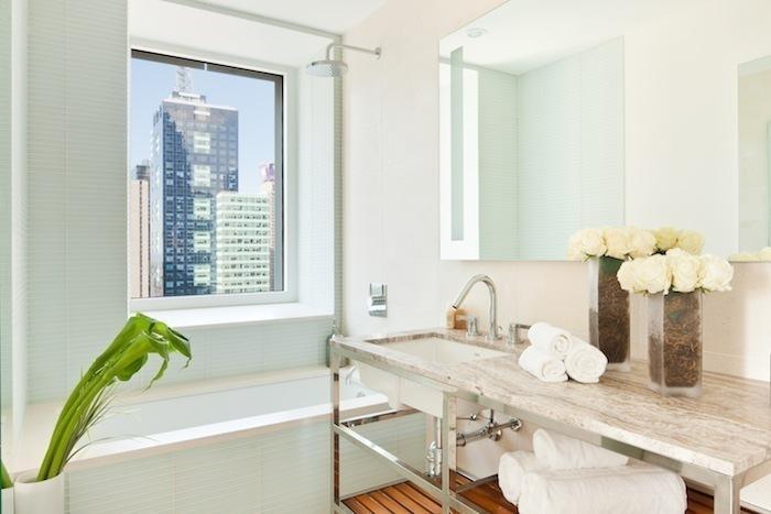 Cassa - Bathroom - Luxury Rentals in Manhattan, NYC