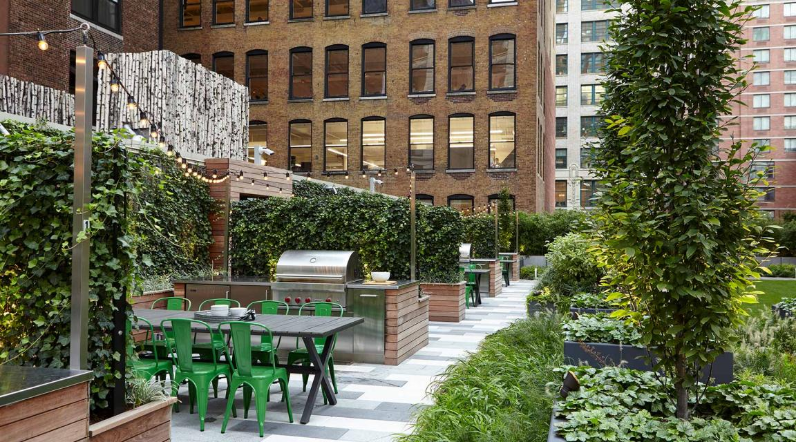 Chelsea Landmark rental building Landscaped Roofdeck - NYC Flats