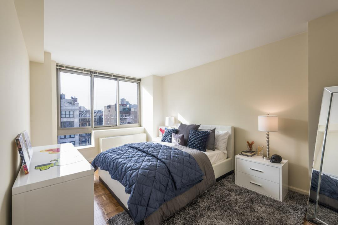 Apartments for rent at 100 West 26th Street in Manhatta - Bedroom