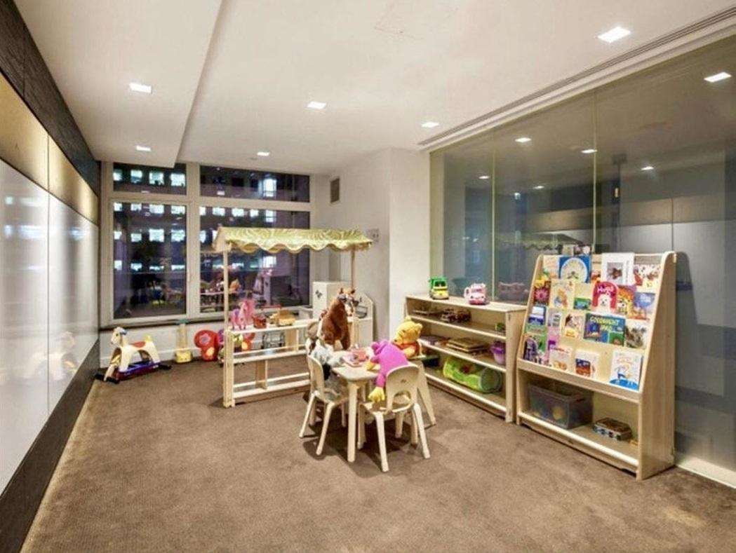 Children's Playroom at The Laurel - 400 East 67th Street