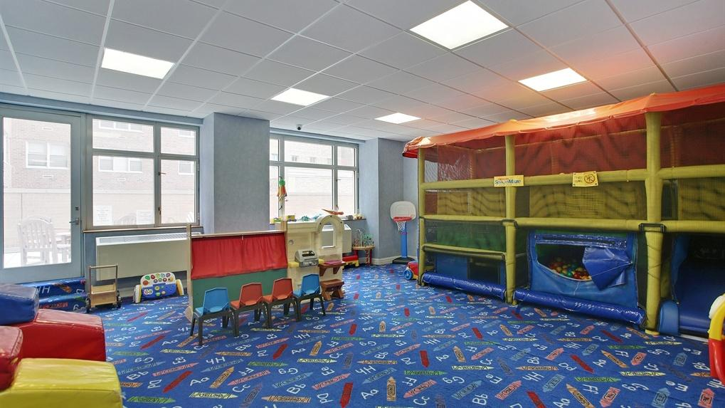 Children's Playroom at The Siena - 188 East 76th Street