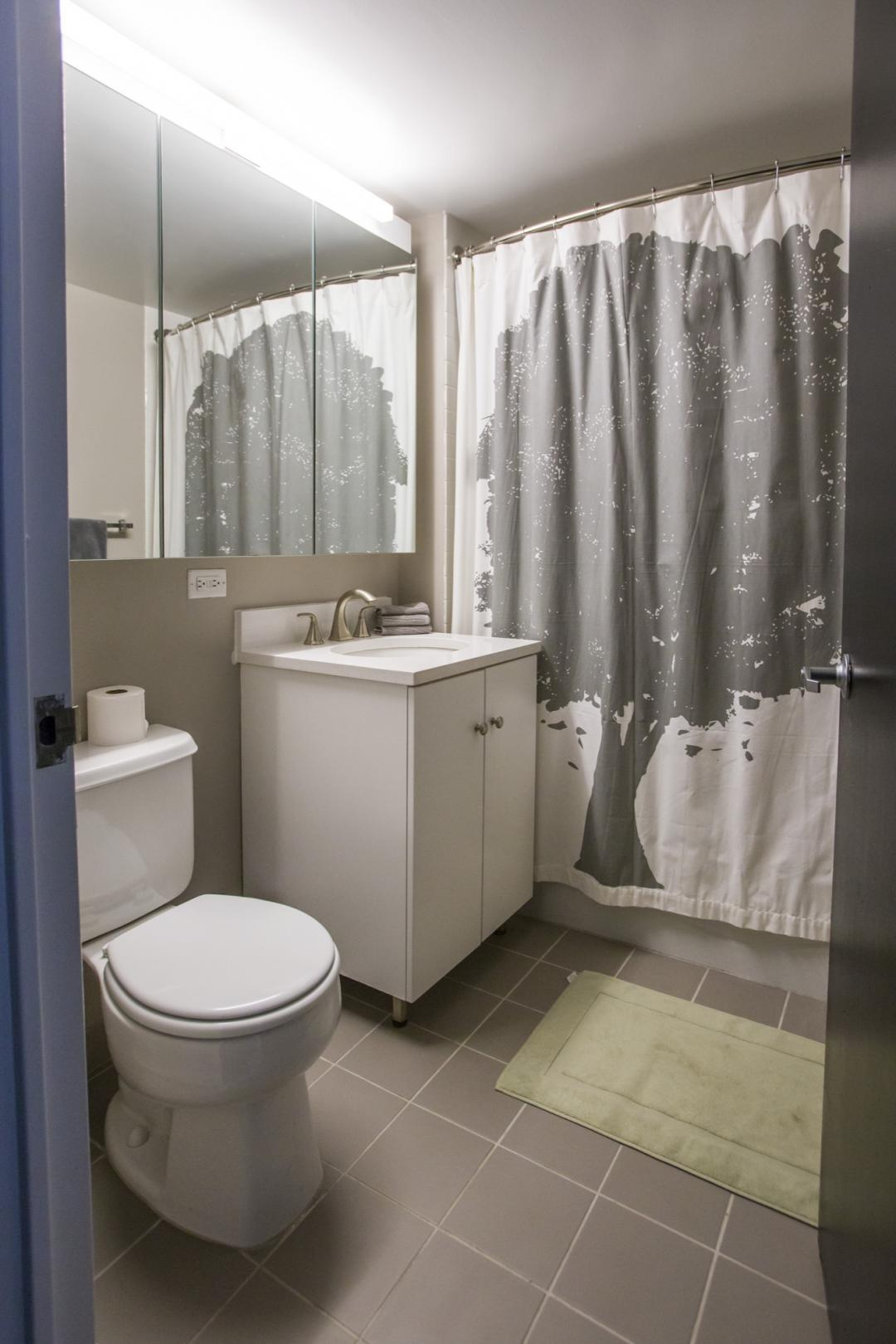 Condos for rent at The Chrystie in NYC - Bathroom
