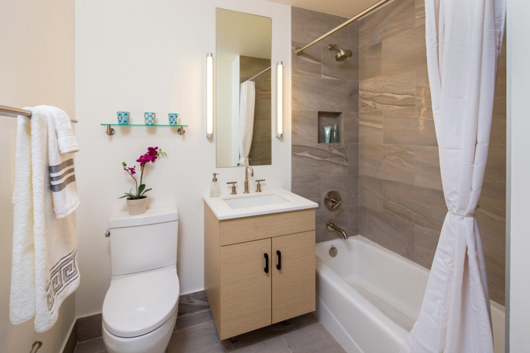 Bathroom at 15 Cliff Street in Manhattan