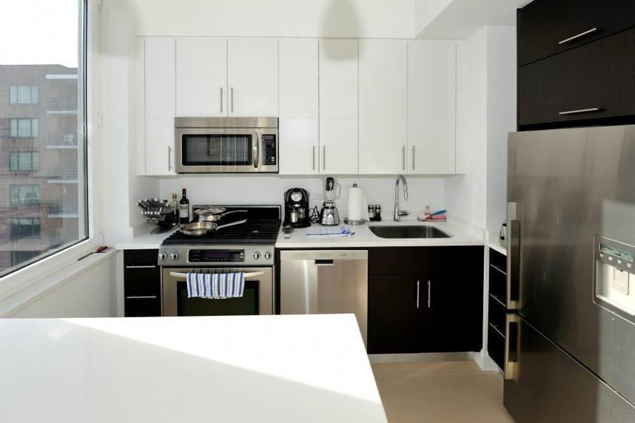 Kitchen - 805 Columbus Avenue - Upper West SIde - Manhattan Rentals