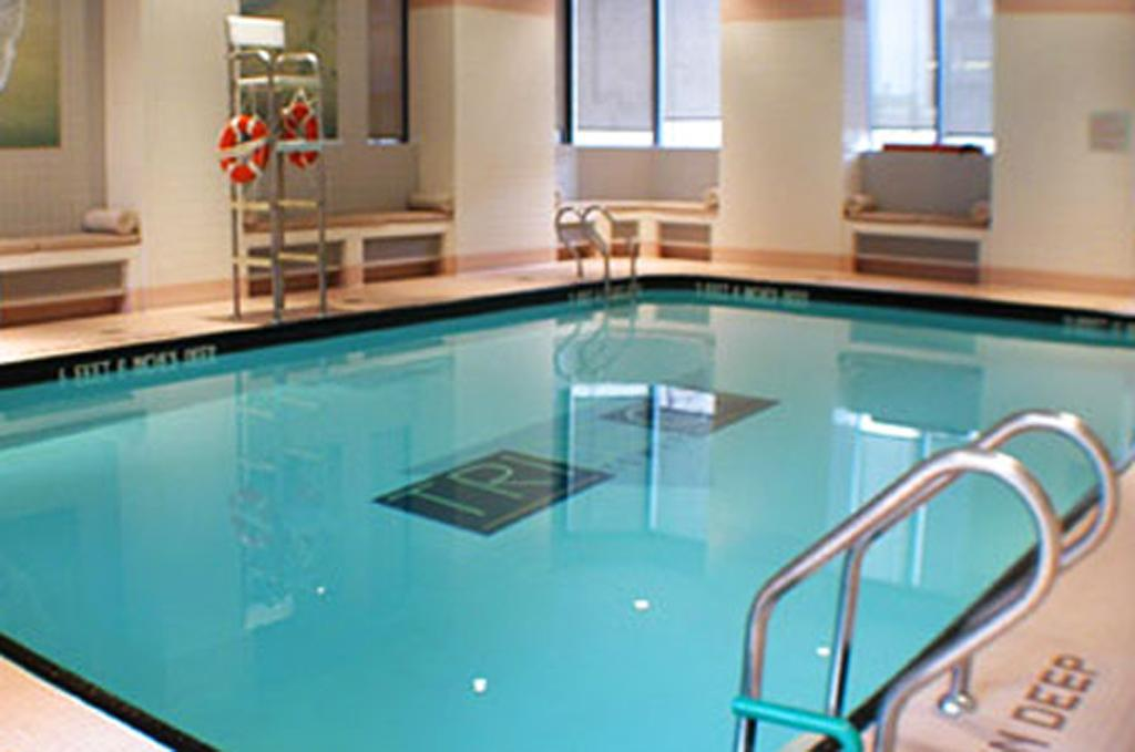 Tribeca Tower Swimming Pool - Manhattan Apartments for rent