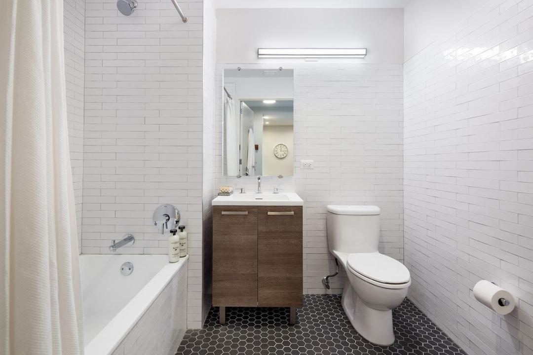 Bathroom at Fifth & Wythe