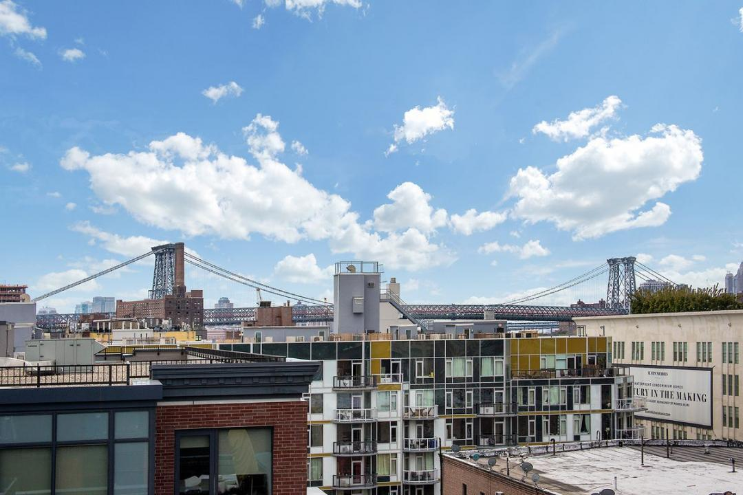 View at Fifth & Wythe