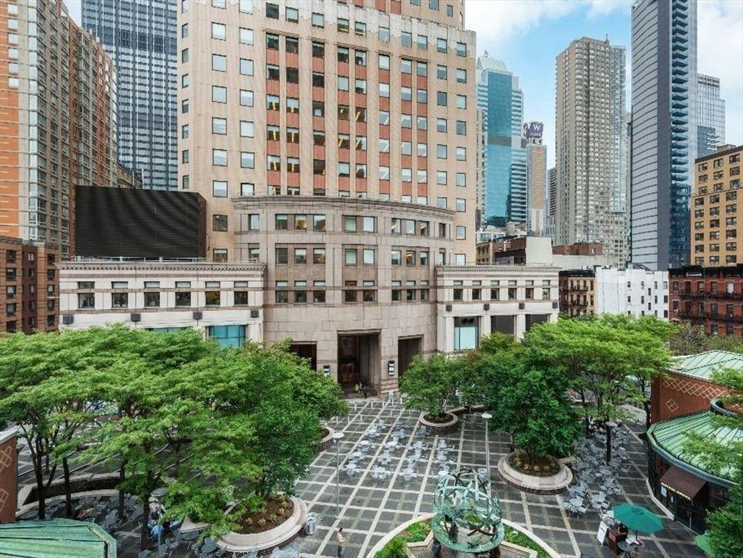 Courtyard at Two WorldWide Plaza - 350 West 50th Street