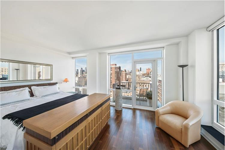 340 East 23rd Street Gramercy Building Luxury Rental NYC Bedroom