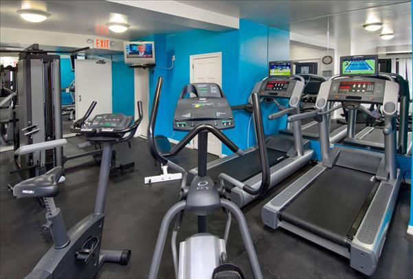 Gym at 303 East 83rd Street - Apartments for Rent on UES