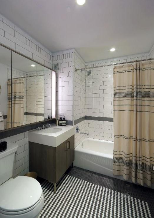Rentals at Henry Hall in Hudson Yards - Bathroom