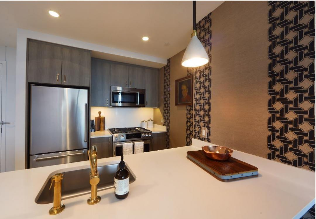 Open Kitchen at 515 West 38th Street in Manhattan - Aparments for rent