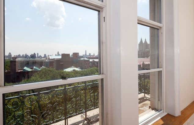 Juliette Balcony- The Orleans building- Apartments for rent in NYC