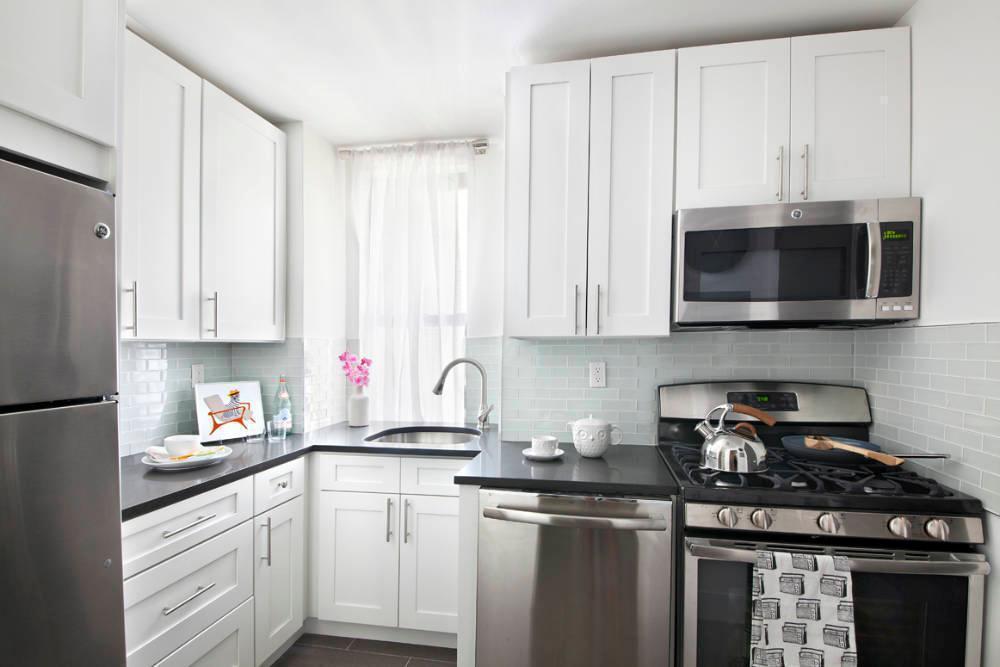 Kitchen - The Branson at Fifth - Luxury Rental Manhattan