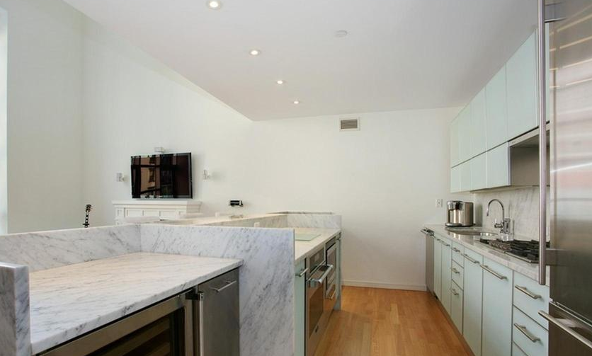 Kitchen - 310 East 53rd Street - Sutton Place Apartments for Rent