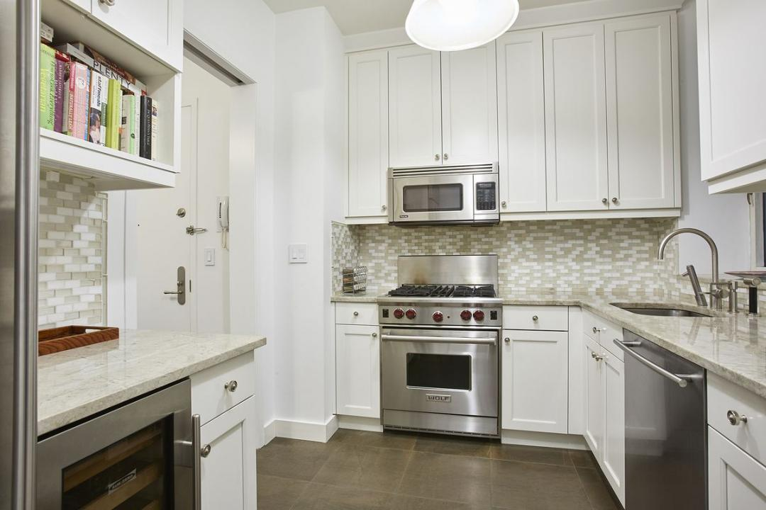 Kitchen at The Siena - 188 East 76th Street