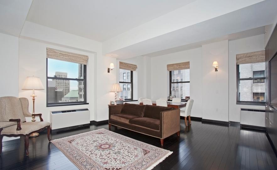 Living Room - 20 Pine Street - NYC Rentals