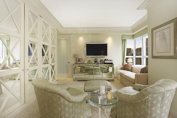 Living Room - Luxury Rentals at Metropolitan Tower - Midtown East