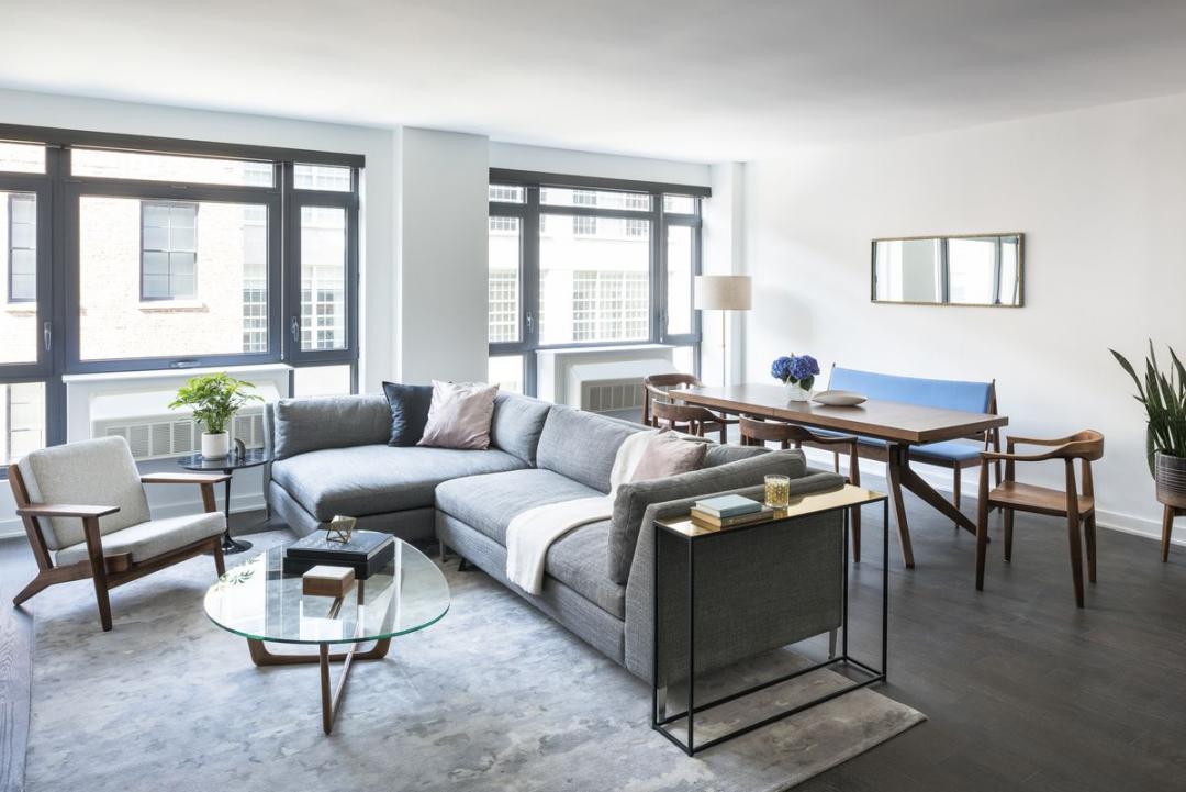 Apartments for rent at 181 Front - Living room