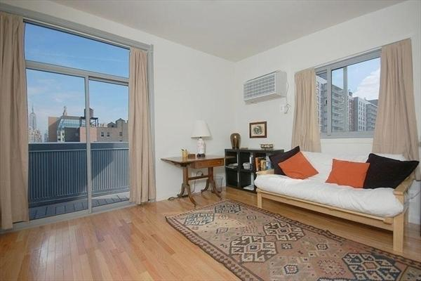 Living Room - 184 Thompson Street Apartments for Rent