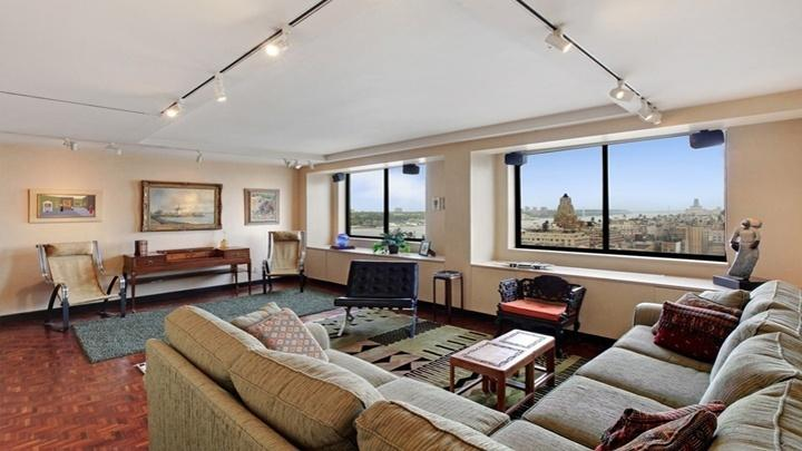 Living Room at The Columbia - 275 West 96th Street