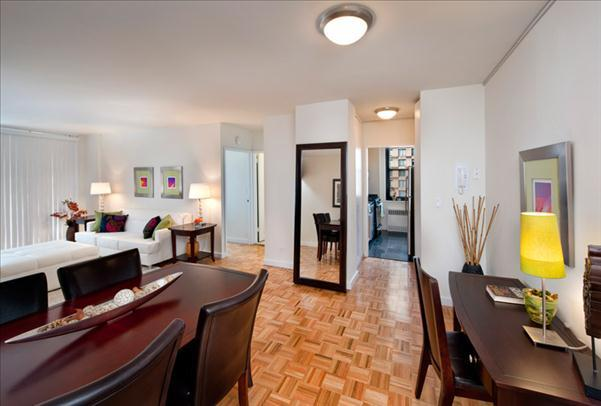 Living Room - Luxury Rentals at 303 East 83rd Street