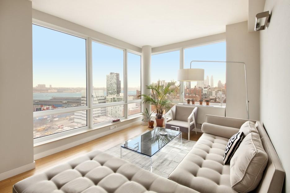 Living Room - Chelsea - Manhattan - New York City - Condo For Rent