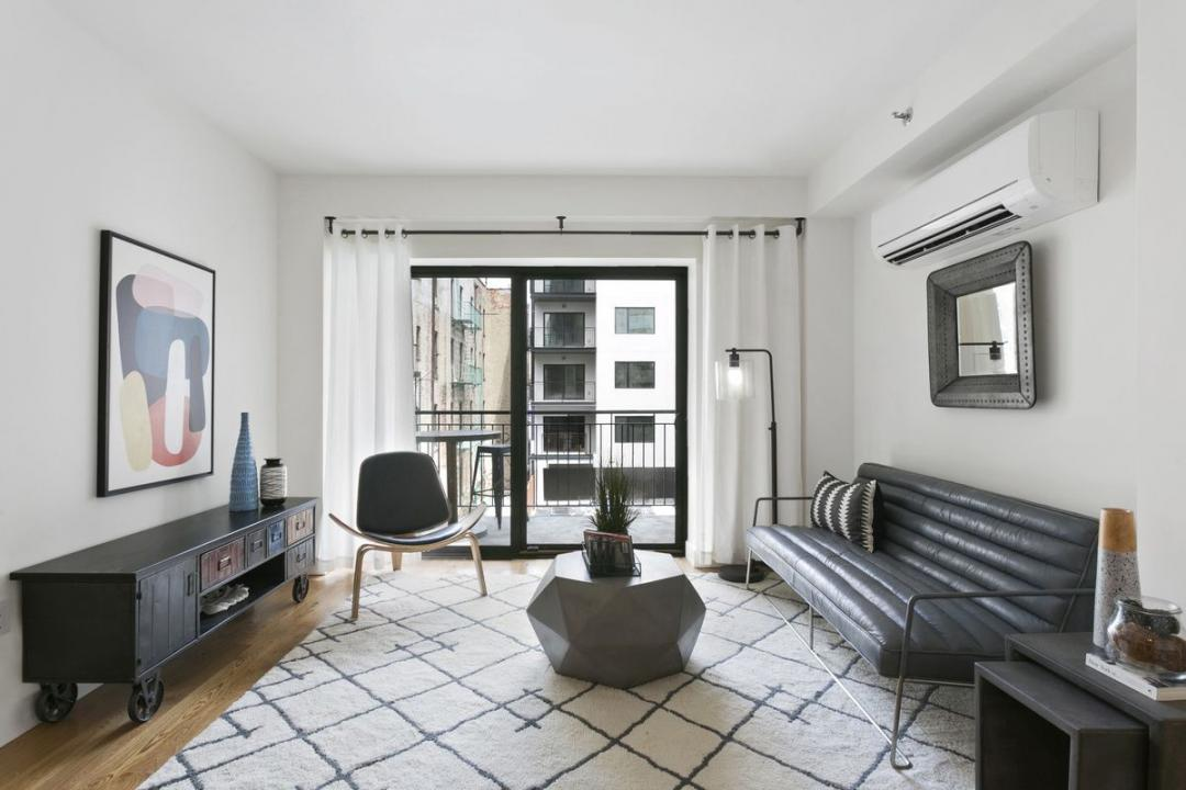 Living room at The Lawrence - 520 Parkside Avenue
