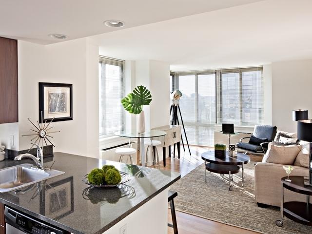 Livingroom 343 Gold Street - Brooklyn Rentals
