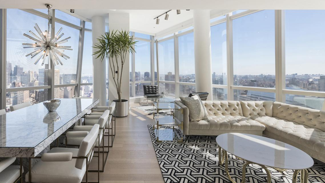 Living Room at 400 Park Avenue South