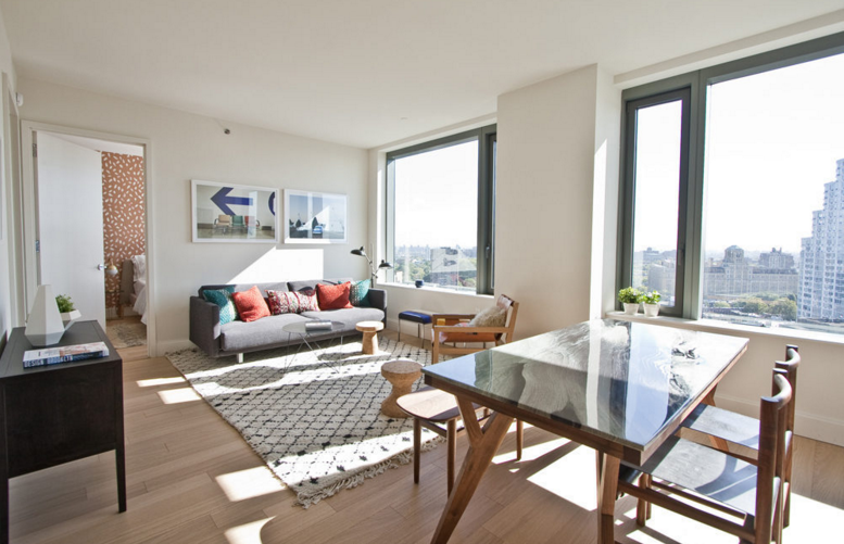 Condos for rent at 10 City Point in Brooklyn - Livingroom