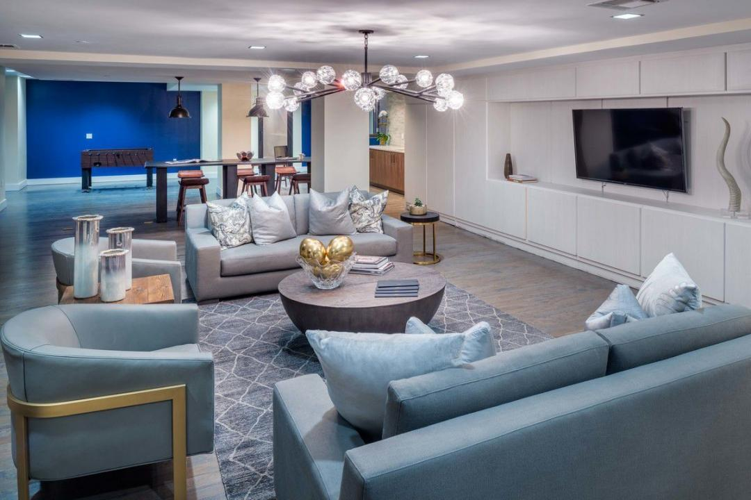 Lounge at Nine52 - 416 West 52nd Street