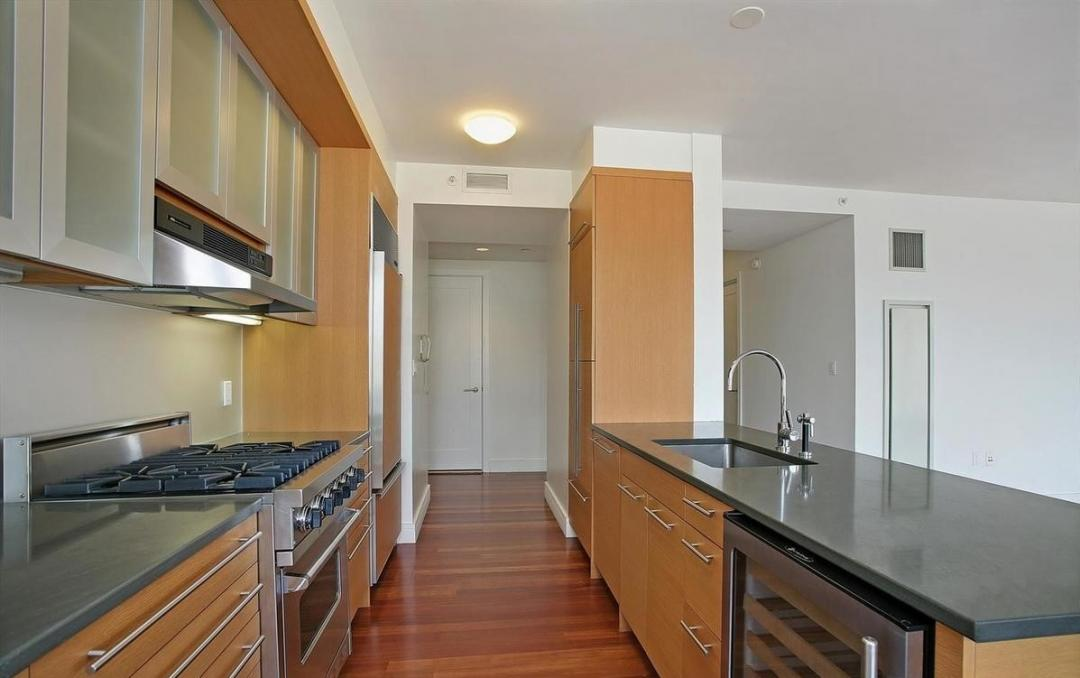 Apartments for rent at Millennium Tower Residences - Kitchen