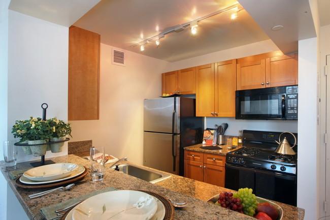 Monterey at Lex Apartment Kitchen