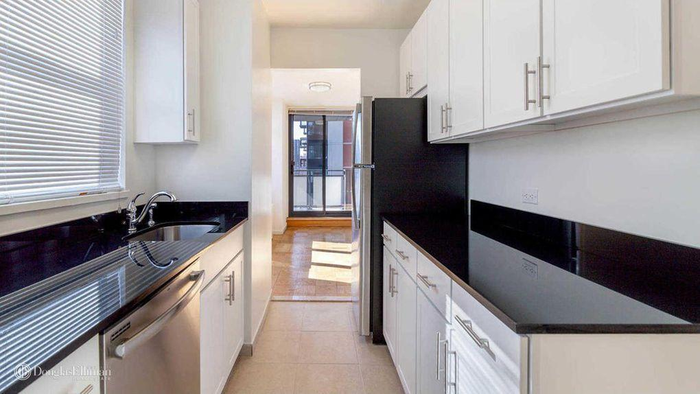 Rental Apartments at 245 East 40th Street Kitchen