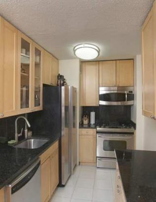 Condos for rent at 166 East 34th Street in Murray Hill - Kitchen