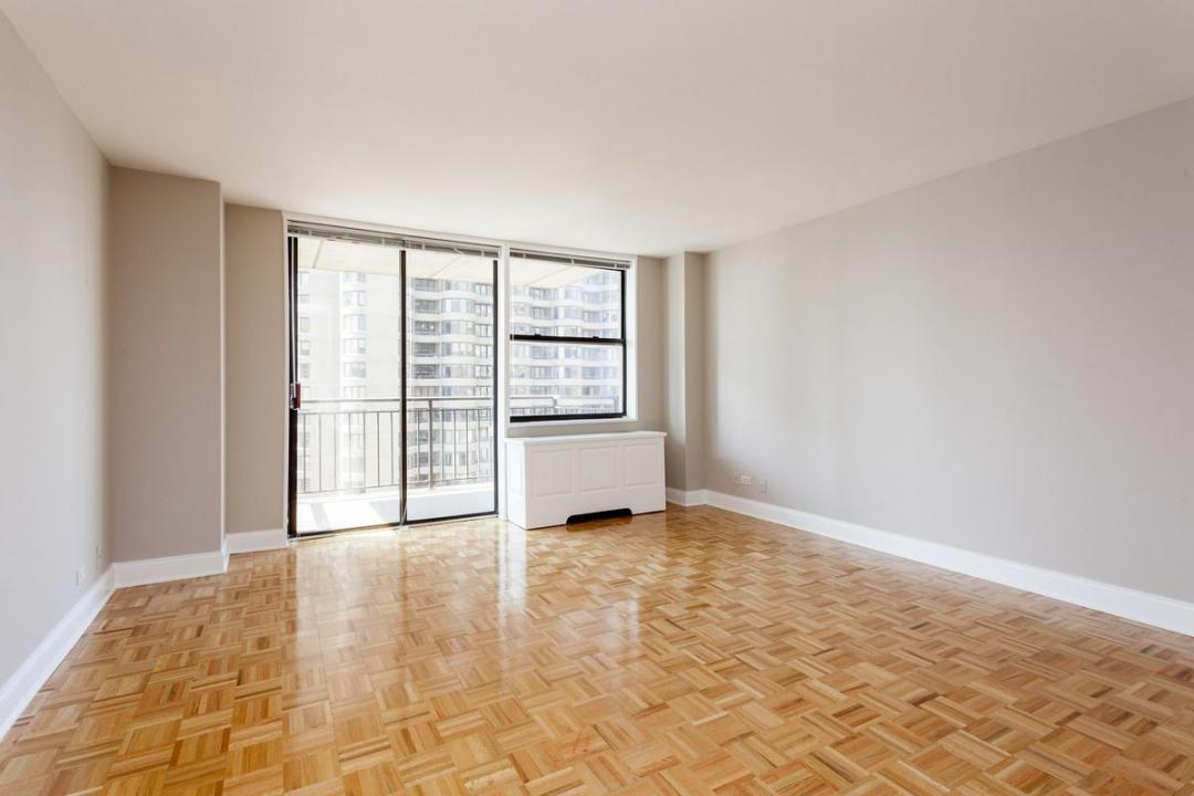 Living Room at 330 East 39th Street in Murray Hill - Apartments for rent
