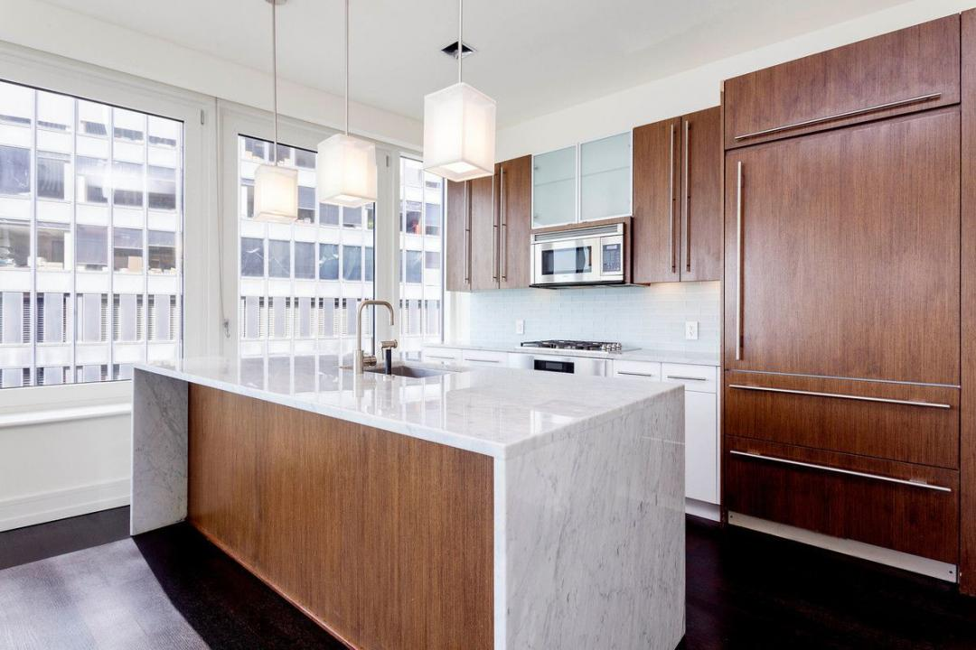 Open Kitchen at New York Plaza in NYC - Apartments for rent