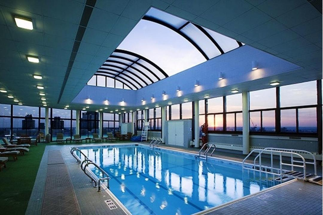 Apartments for rent at One Lincoln Plaza -Swimming Pool
