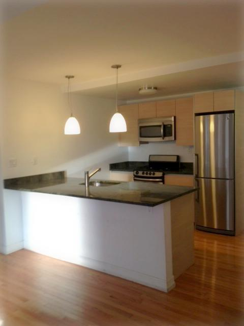 The Paris Building - 752 West End Avenue features spacious kitchens