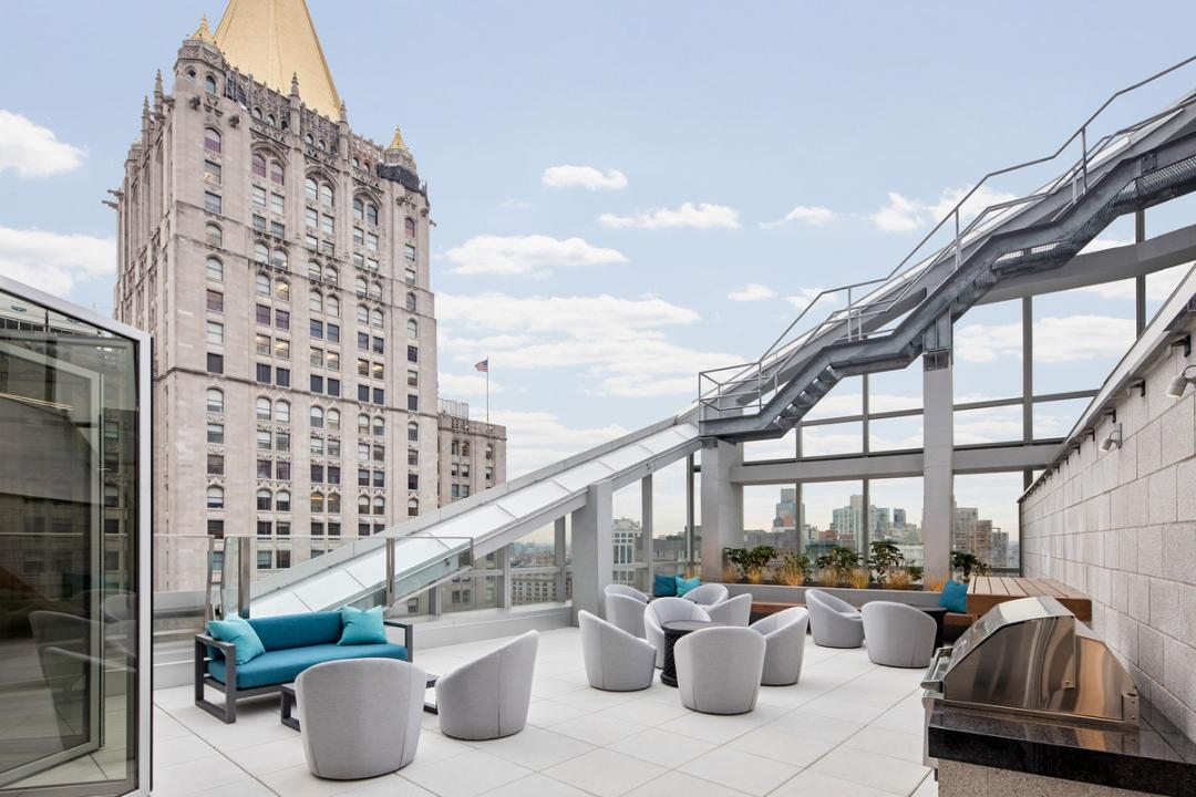 Rooftop Deck at 400 Park Avenue South