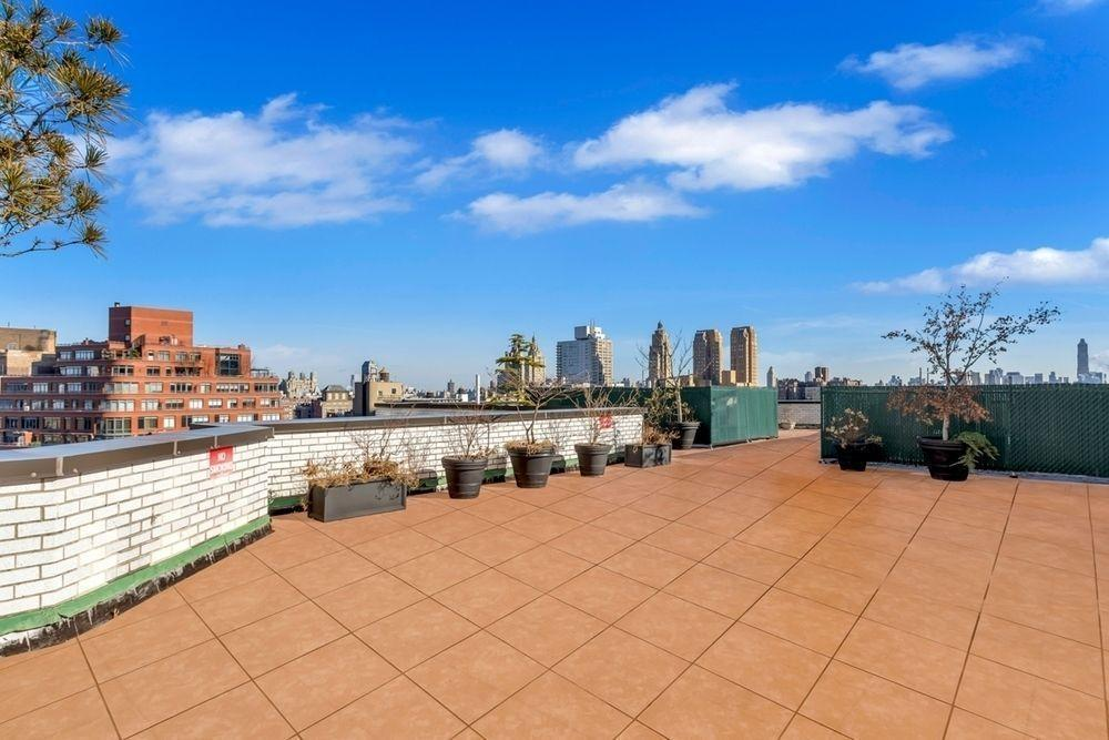 Rooftop Terrace at Dorchester Towers - 155 West 68th Street