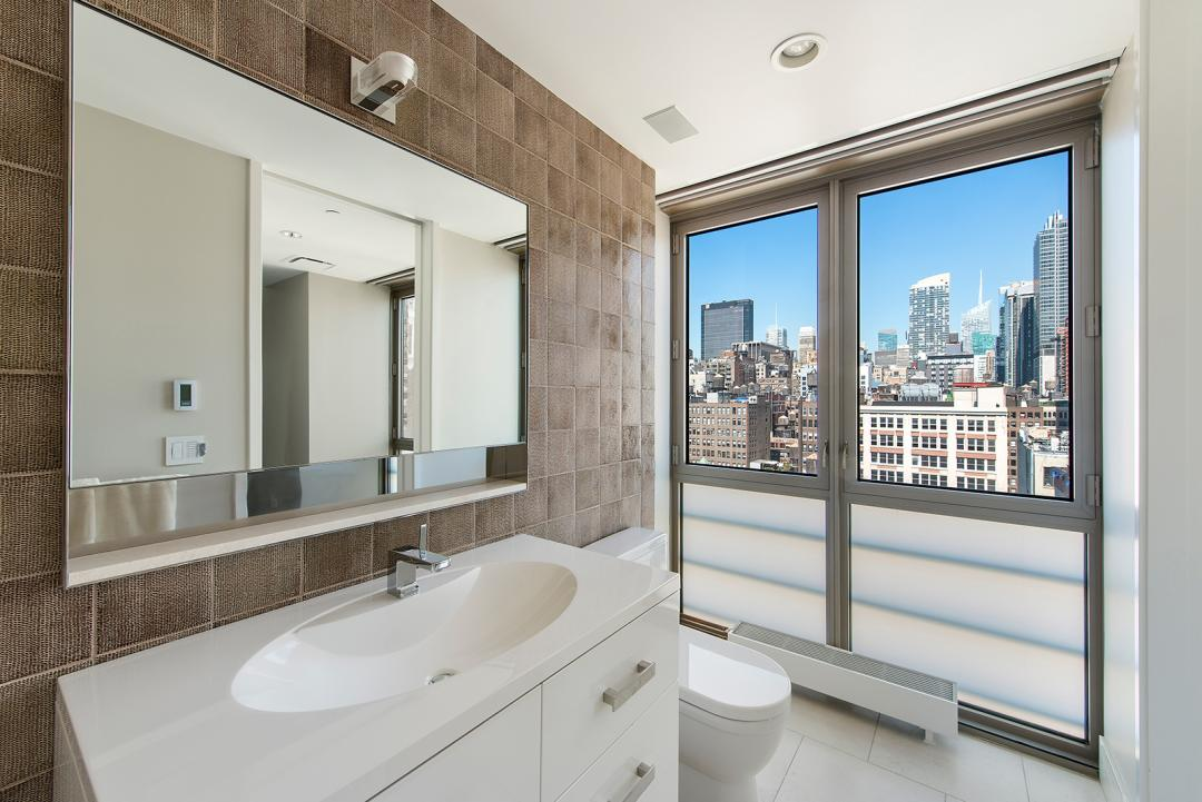 The Citizen- Bathroom-condominium for rent in Chelsea