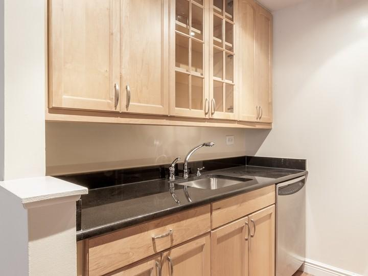 Open Kitchen at The Highgate in NYC - Condos for rent