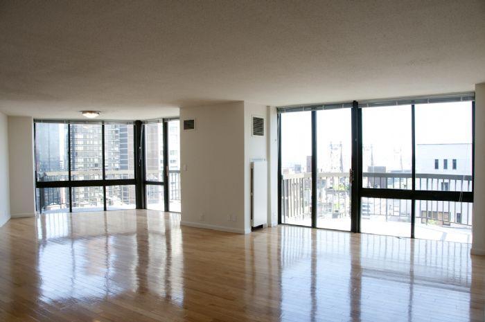 360 East 57th Street Living Room - Midtown East Rental Apartments