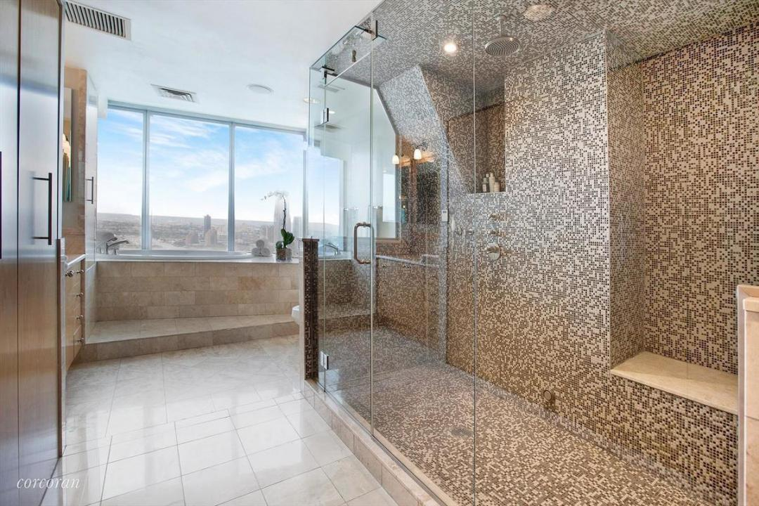 Apartments for rent at The Ritz Carlton - Bathroom