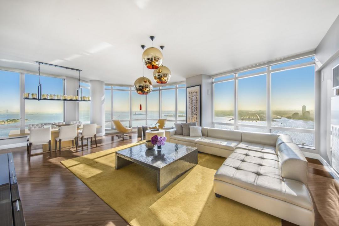 Apartments for rent at The Ritz Carlton - Living room