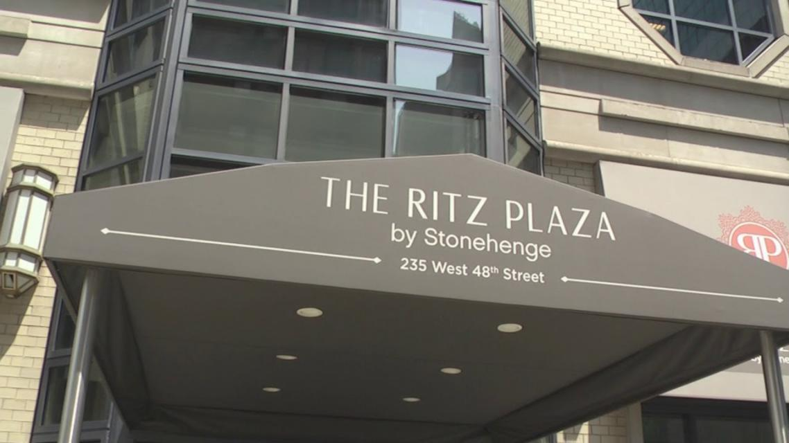 The Ritz Plaza Outdoor - Clinton Apartment Rentals