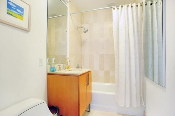 The Foundry Bathroom, NYC Luxury Rentals
